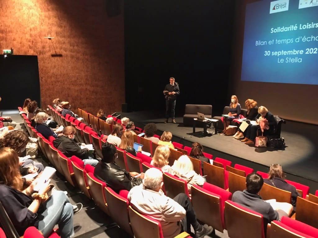 Marion Maury a assisté à la rentrée de la Maison du Théâtre de Brest en tant qu'adjointe à l'action sociale